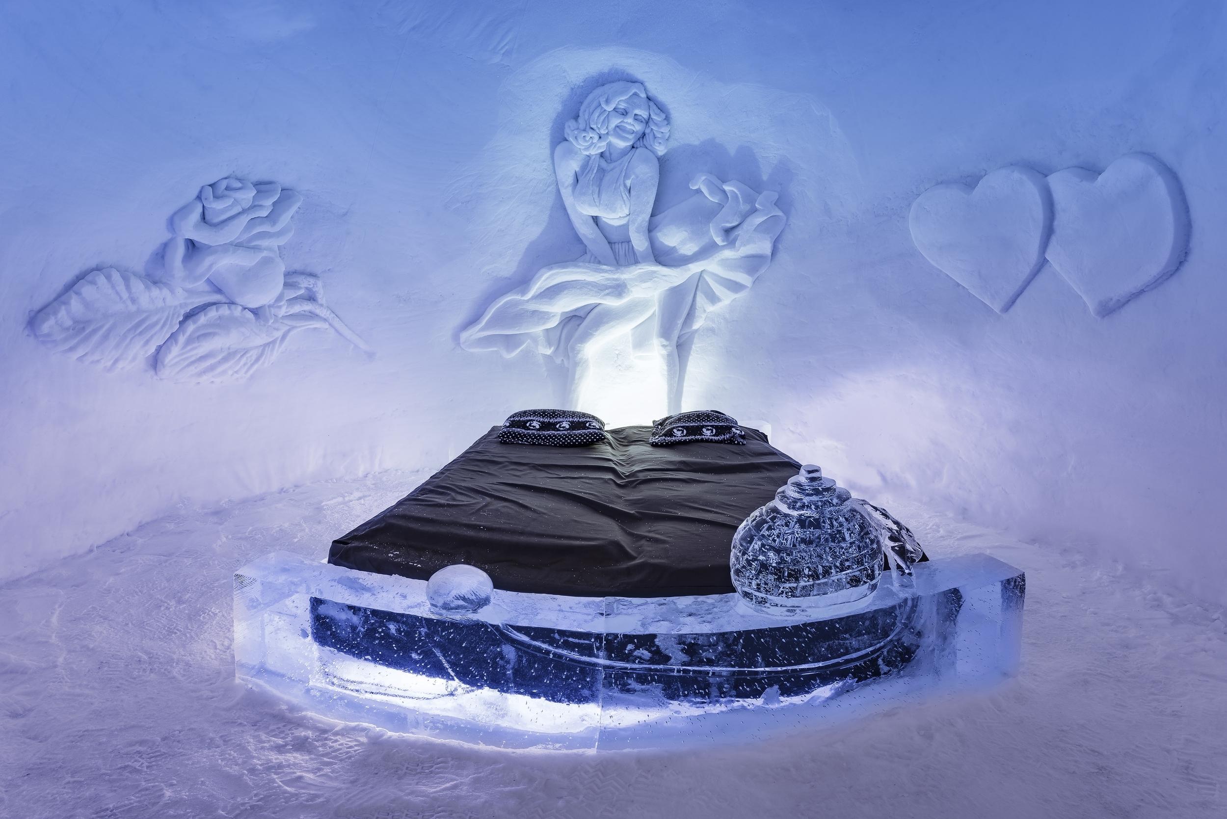 Seng av is Kirkenes Snowhotel