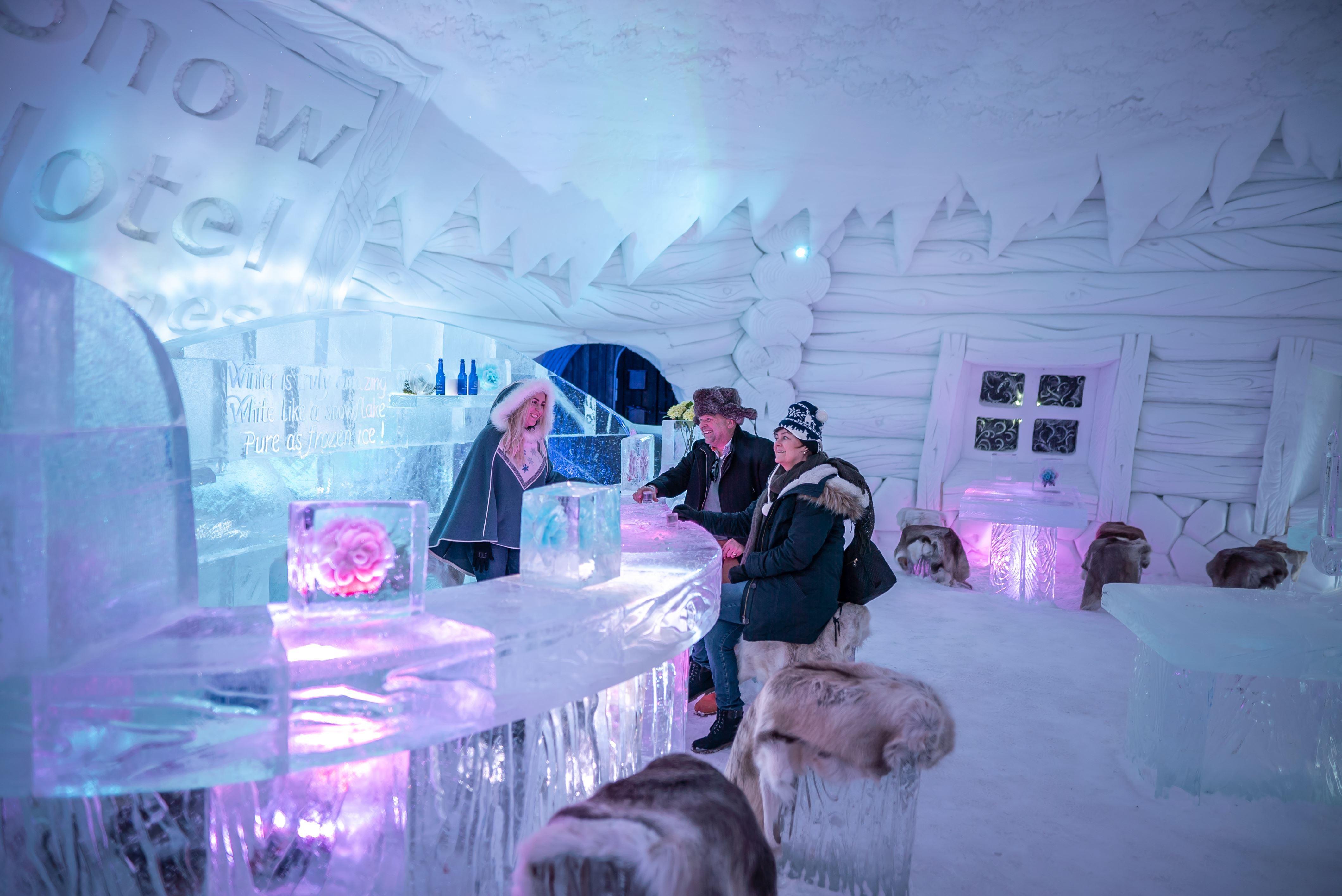 Kirkenes snowhotel isbar